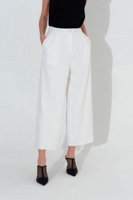 Buttoned Wide Elastic Trouser